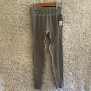 Nwt Vanquish Seamless Allure Women's Leggings Size M In The Colour Grey!